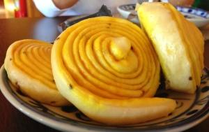 Acompanhamento: Ti Momo ( massinhas tibetanas em formatos de caracol temperadas com erva doce)!!