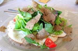 Salada verde com trufas, já que todos estão de dieta!!! #soquenao :)